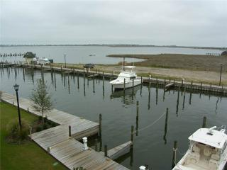 ML1433-WALK TO DOWNTOWN, Manteo