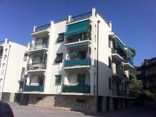Appartamento a 100 mt dalle splendide spiagge, Pietra Ligure