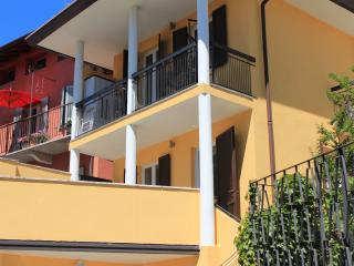maison sur le lac majeur, 35 min from EXPO Milano, Sesto Calende