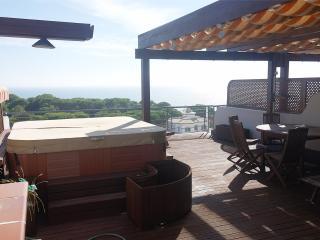 Vila Falesia Holiday Penthouse Apartment
