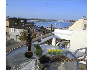Stacey's 3 Bedroom Beach Home *LUXURY AND VALUE*, San Diego