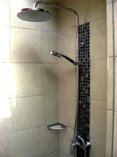 Open Air Shower Room