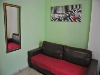 Cozy flat near ASSUTA Almagor 172, Tel Aviv