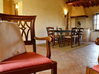 Villa Poggio Di Toscana-live the real Tuscan villa, Pienza