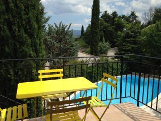 Partie  de maison calme proche d'Aix en Provence