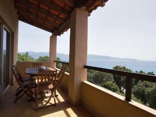 Charmant balcon sur la Méditerranée, Olmeto