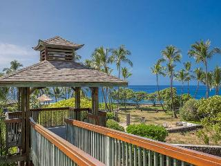 Coastline Views Just Steps from the Ocean - Air Conditioning!, Kailua-Kona