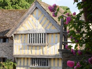 Upper House - Tudor Manor House in Welsh Marches