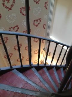 Poppy stairwell