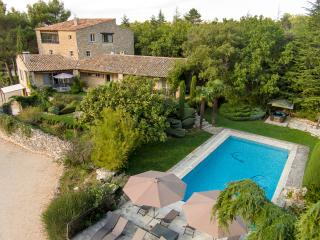 Provençal Mas 3ha 5* heated pool spa 8 suites cond, Bonnieux