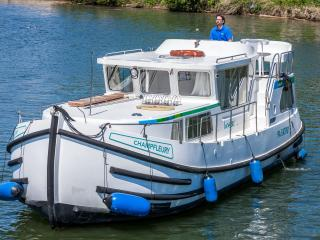 Locaboat Holidays, Joigny