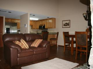 2 Bedroom Mountainside Retreat, Flagstaff