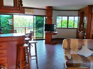 Bel Appartement PISCINE  2Ch  - Résidence de  Luxe, Bang Tao Beach