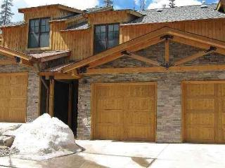 Luxury Family Townhome at Purgatory