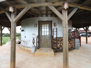 Silo at River Road Ranch -Country Property w/Views