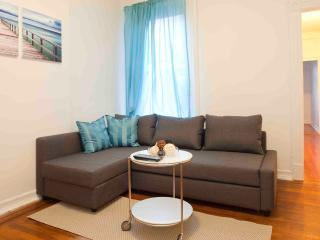 Great UWS 1 bedroom next to Central park, New York City