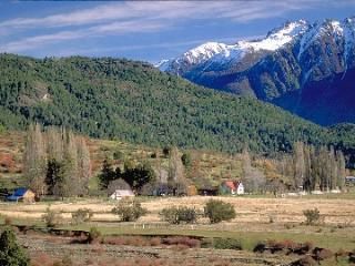 880 acre ranch, Argentine Patagonia lake district
