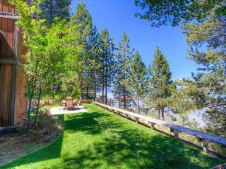 Large Lakefront Home with Hot Tub Sleeps 14 ~ RA732, South Lake Tahoe