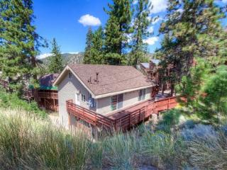 Gorgeous condo just minutes from Stagecoach Lodge ~ RA45247, Stateline