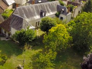 La Cure - 4 b/r House and 2 b/r Cottage with pool, Loches