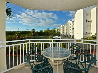 Cozumel Suite Treat yourself! Close to beach with pool and hot tub access!, Key West