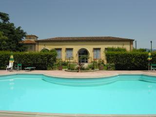 Villa Senni 3, Scarperia e San Piero