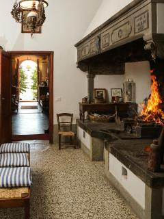 Il Villino: fireplace