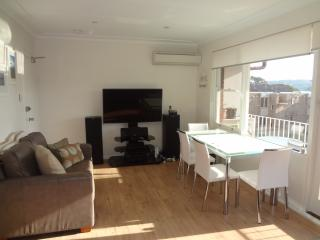 Balmoral Retreat - A Beautiful Beach Apartment, Mosman