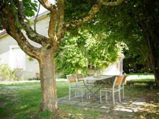 Le Narcisse 3 personnes Holiday Cottage, Saint-Leonard-de-Noblat