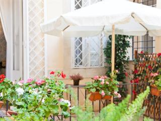 Tor Di Nona Apartment, Rome