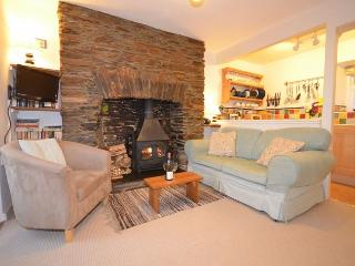 MHONE Cottage situated in Thurlestone (2mls E)