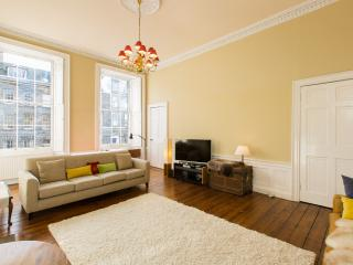 Stunning Apartment in Edinburgh New Town, Edimburgo