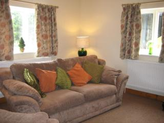 The Stable, 2 bedroom country cottage, Ormskirk