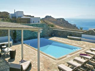 Elegant Villa with amazing sea view- private pool, Míkonos