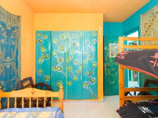 bunkbed+single bed b&b, Playa de las Américas