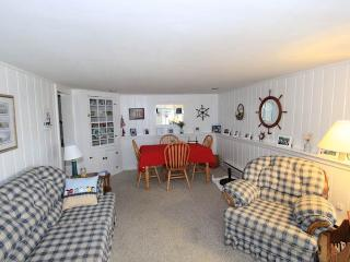103 North Shore Blvd unit 1, East Sandwich