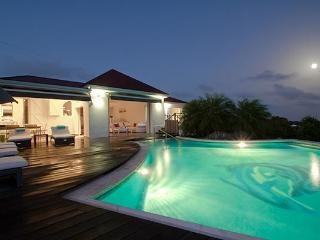 Quiet private villa with amazing ocean and magnificent sunsets WV GGL, Gouverneur