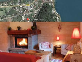 FAMILY HOUSE WALKING DISTANCE FROM ANNECY LAKE, Duingt