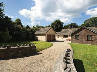 Child Friendly Holiday Home - Ty Cariad, Manorbier