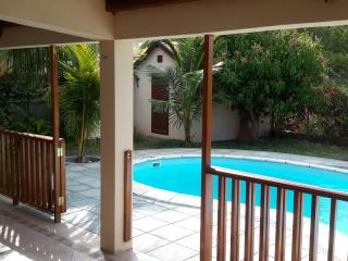 SUPERB VILLA POOL WITH FIBRE INTERNET, Riviere Noire