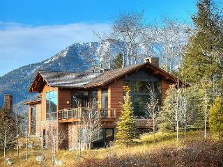 Luxury Mountain Lodge at Jackson Hole Mountain Resort! Huge Views! 5 Stars...