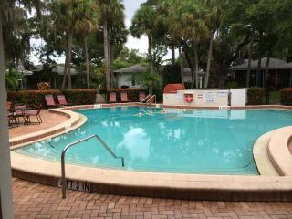 Spacious 4bed air-con villa on Siesta Key
