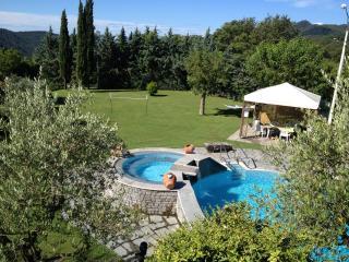 L'incanto di Lunigiana Toscana Villa piscina, 6/8 posti letto, Podenzana