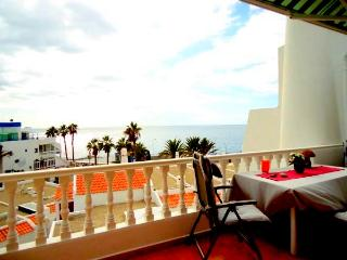Lovely 3BR BUNGALOW OCEAN VIEW, Playa de Fañabé