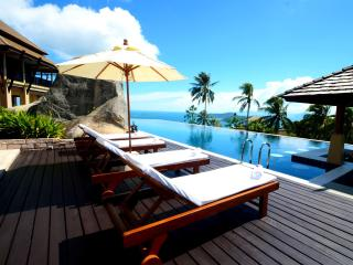 Seaview mountain luxury Villa - 5 bedrooms