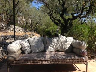 4 BR, Maison agréable, Grand Jardin sécurisé, Piscine à eau salée., La Cadiere d'Azur