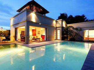 3BDR Lux Pool Residence Bangtao V21, Nai Harn