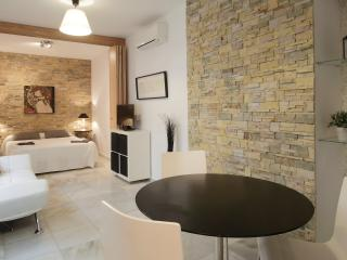 APTO SEVILLA, MORGADO 4, COOL-BOOKING, Seville