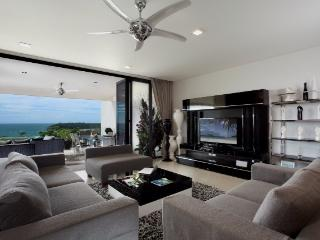 225 Sq.m 2BR Luxury Sea-View Apartment@Kata, Sao Hai