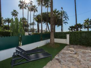 Modern 2 bedrooms on La Croisette 332, Cannes